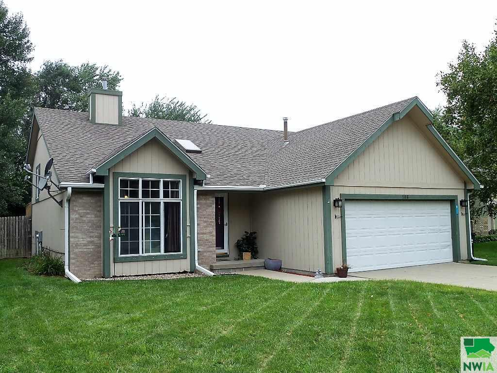 Property for sale at 186 Suncoast Dr., No. Sioux City,  SD 57049