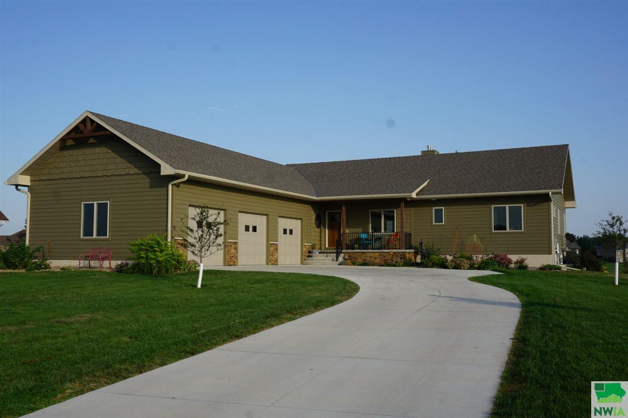Property for sale at 839 Brookside Dr, Jefferson,  SD 57038