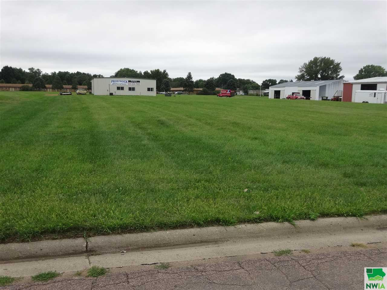 Property for sale at 916 /924 W Cherry, Vermillion,  SD 57069