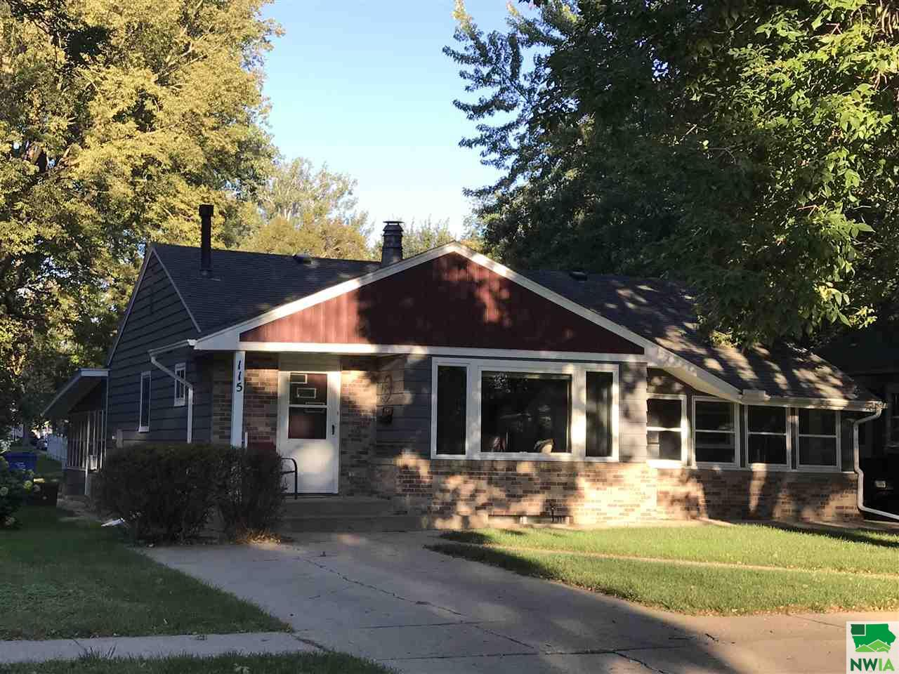 Property for sale at 115 S Pine St, Vermillion,  SD 57069