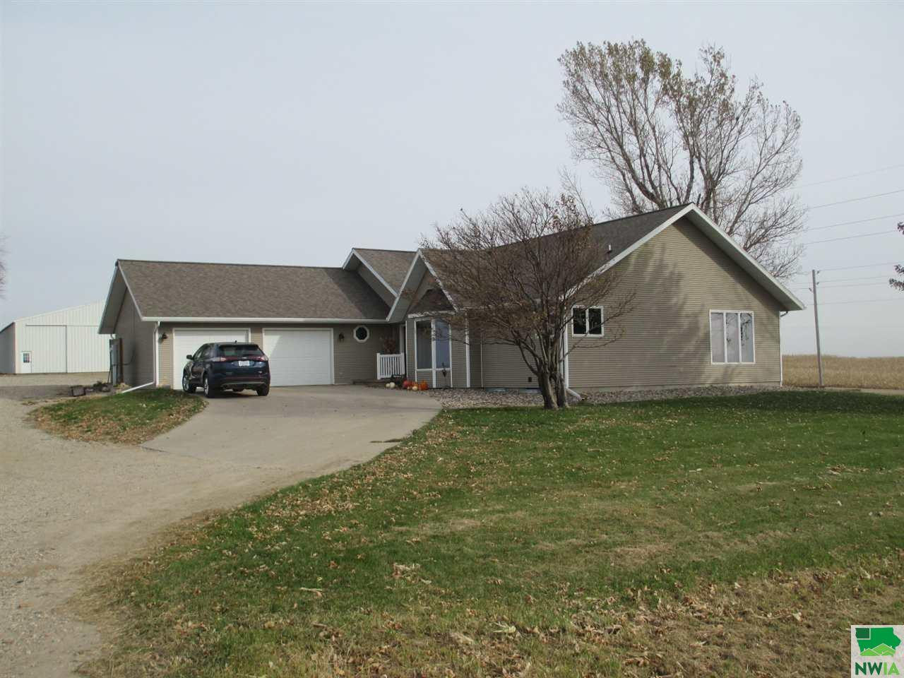 Property for sale at 3498 450th St Unit: -, Orange City,  IA 51041