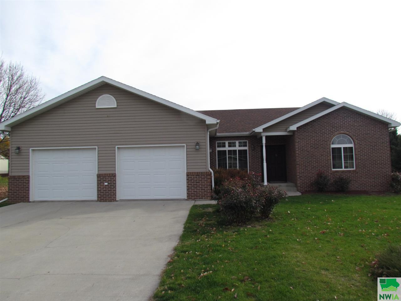Property for sale at 411 14th Street Unit: ., Onawa,  IA 51040
