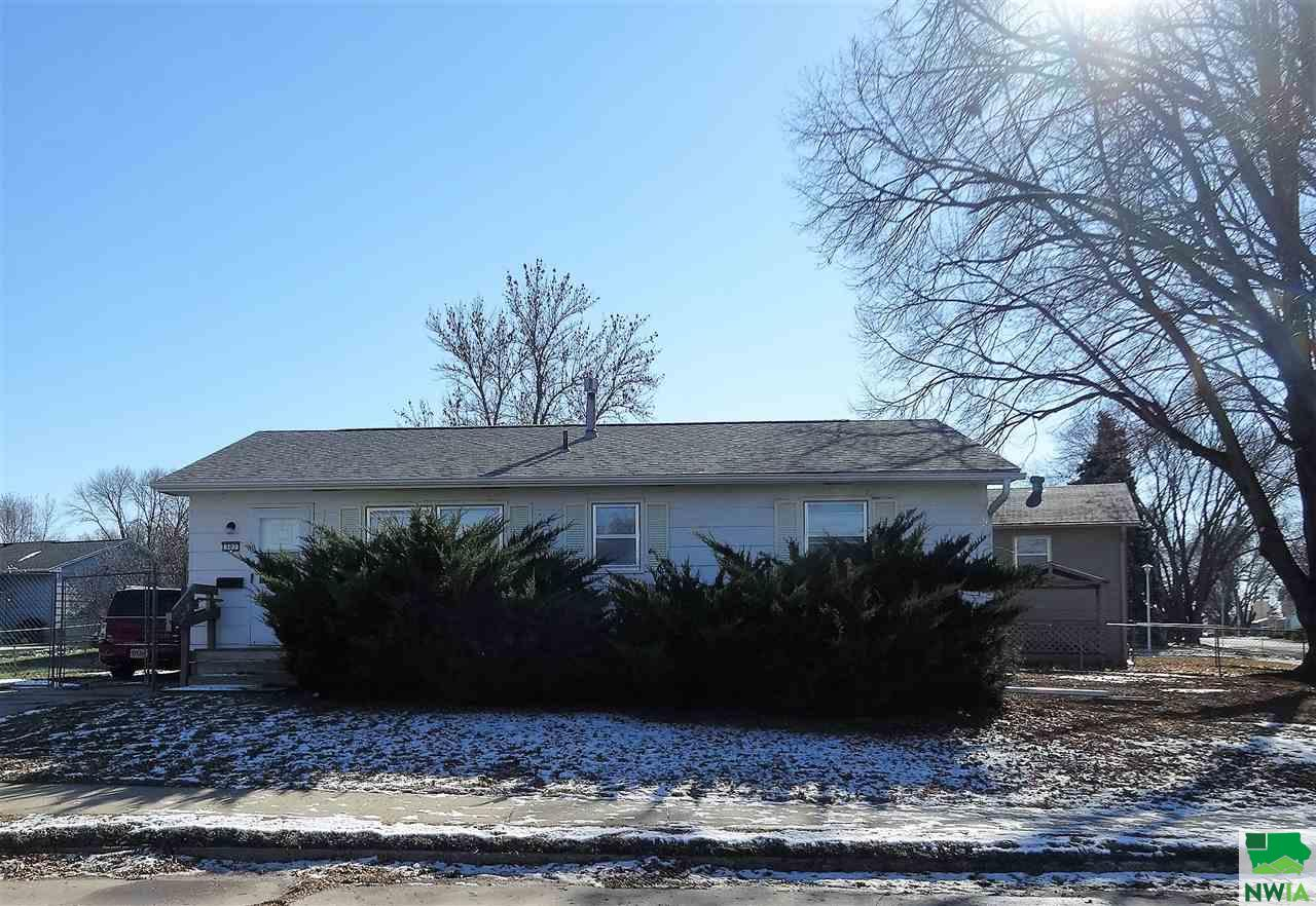 Property for sale at 307 Carr, Vermillion,  SD 57069