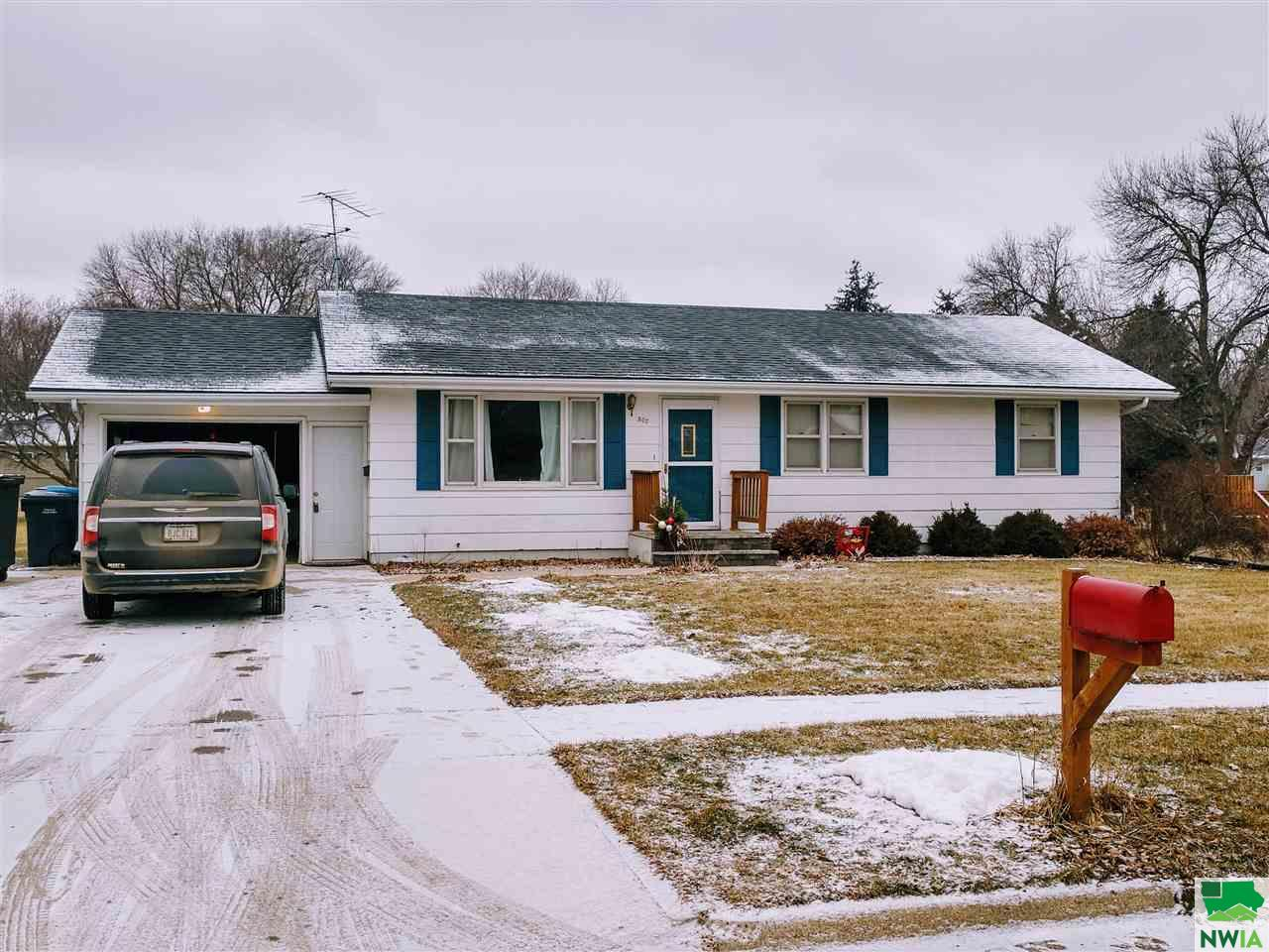 Property for sale at 507 7th Ave Se, Lemars,  IA 51031