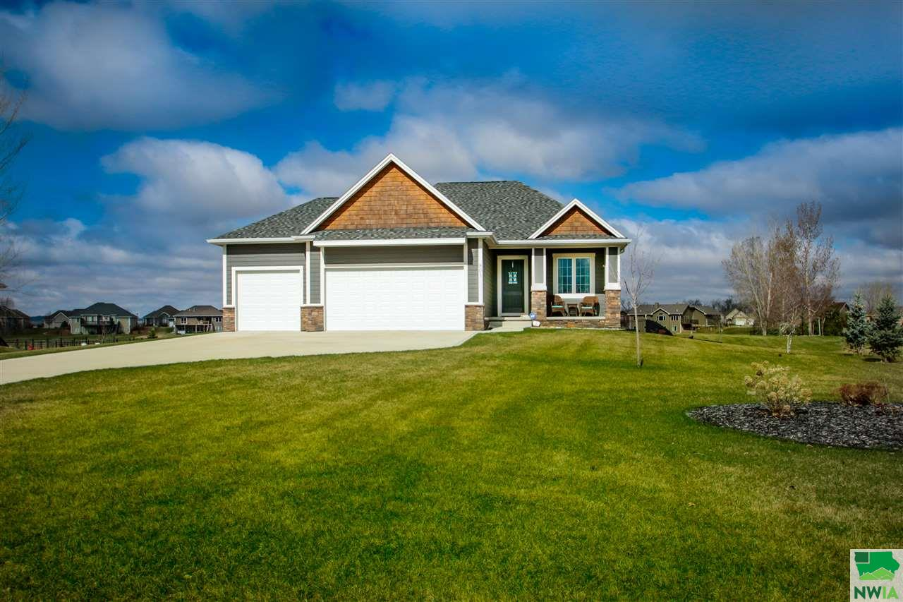 Property for sale at 803 Brookside Drive, Jefferson,  SD 57038
