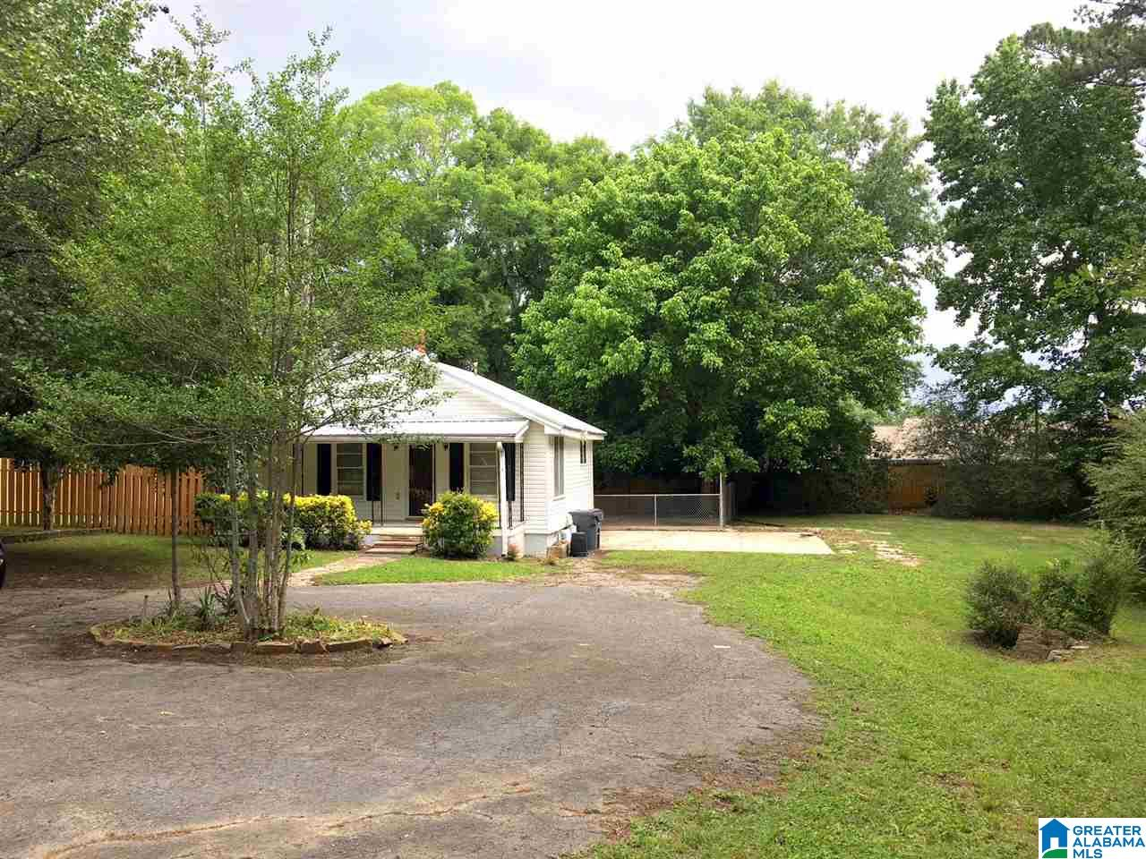 1568 BERRY RD, HOMEWOOD, AL 35226