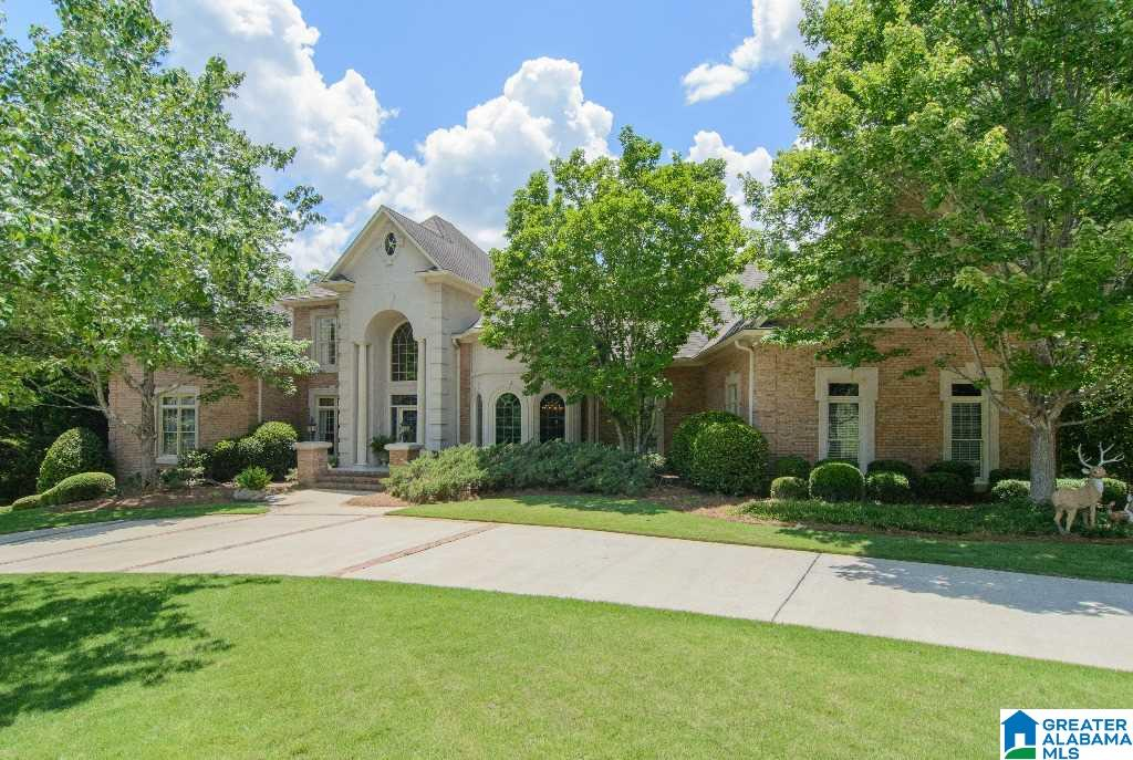 Homes for Sale $800,000 to $1,000,000. See All Homes Now!