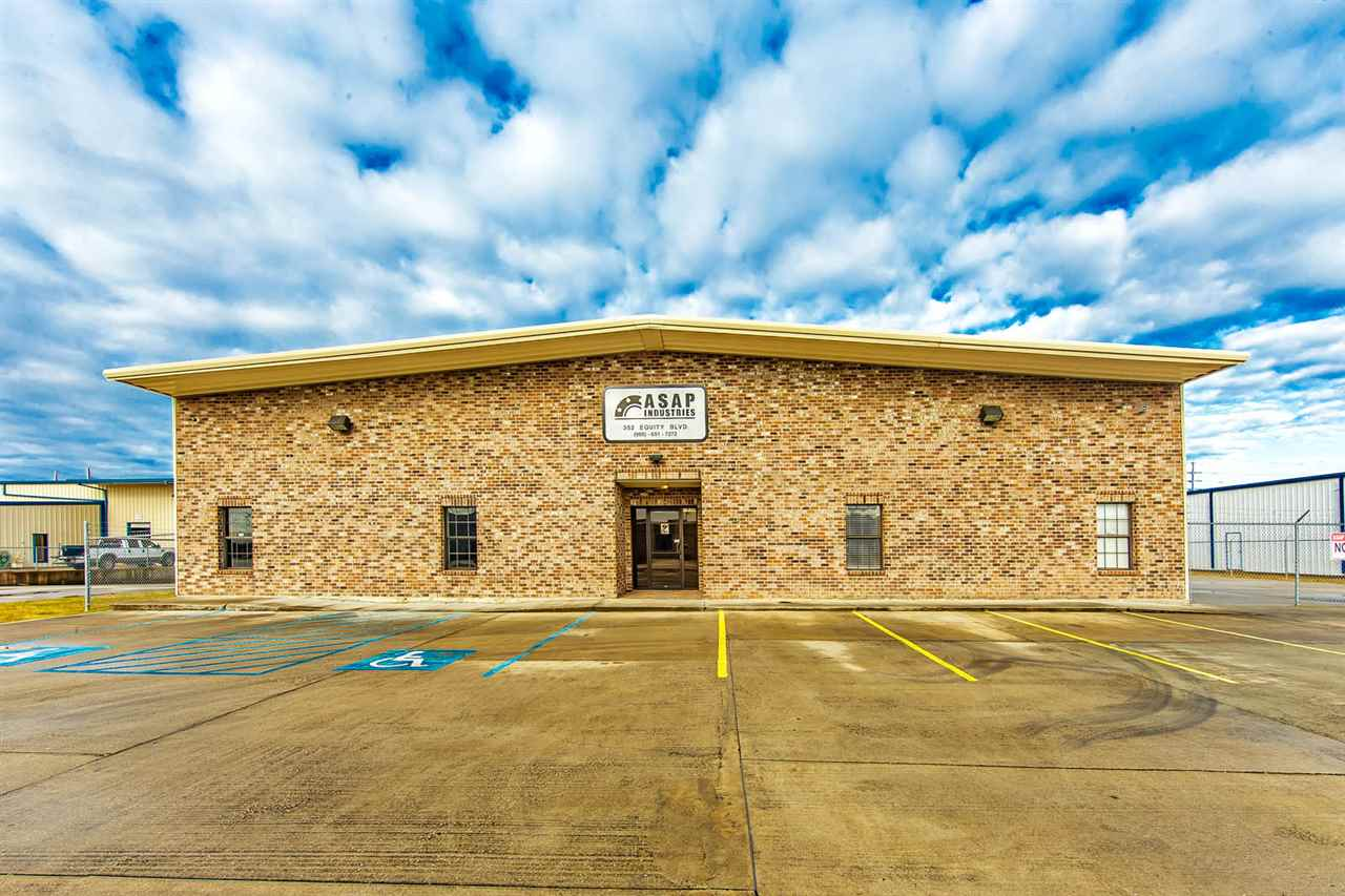 The first 12 months Lease price is $13,200 ($.75/sf.); months 13-24 Lease price is $14,960 ($.85/sf); months 25-60 Lease price is $17,600 ($1.00/sf). FIRST CLASS BUILDING ALL AIR CONDITIONED. Two 5-ton overhead cranes can also be purchased separately. Building has 3 large roll up doors ( One door is 14 x 16; the other two doors are 14 x 12), 1200 amp service, 3 phase, 480 V. Owner must be given 60 days to remove all equipment which is not purchased from time of Lease commencement. BUILDING/PROPERTY IS ALSO FOR SALE $1,070,000. TRIPLE NET LEASE