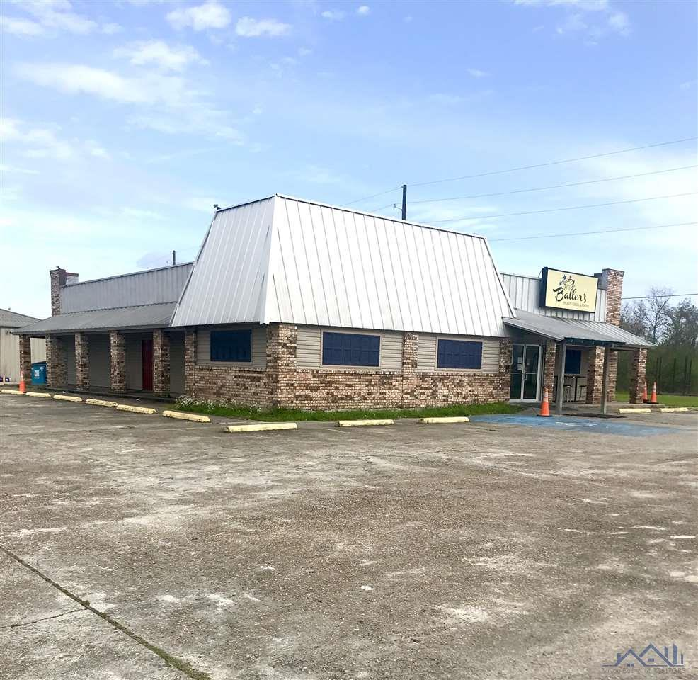 Plenty of opportunities for this building. Current use is a sports bar in a high traffic area. Property is  Located across the street from LaCasa Del Sol. Must contact agent for showing.
