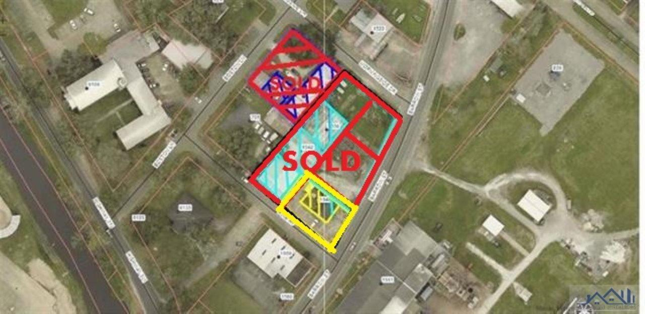 Centrally located, prime commercial!!  This sale includes 1538 Barrow Street/1542 Barrow Street/713 Pine Avenue/706 Morningside Drive along with 1548 Barrow Street.  Please contact agent for more information on building details.  All land and building information, measurements, zoning to be verified by purchaser.  There are a total of 8 lots and 5 buildings.