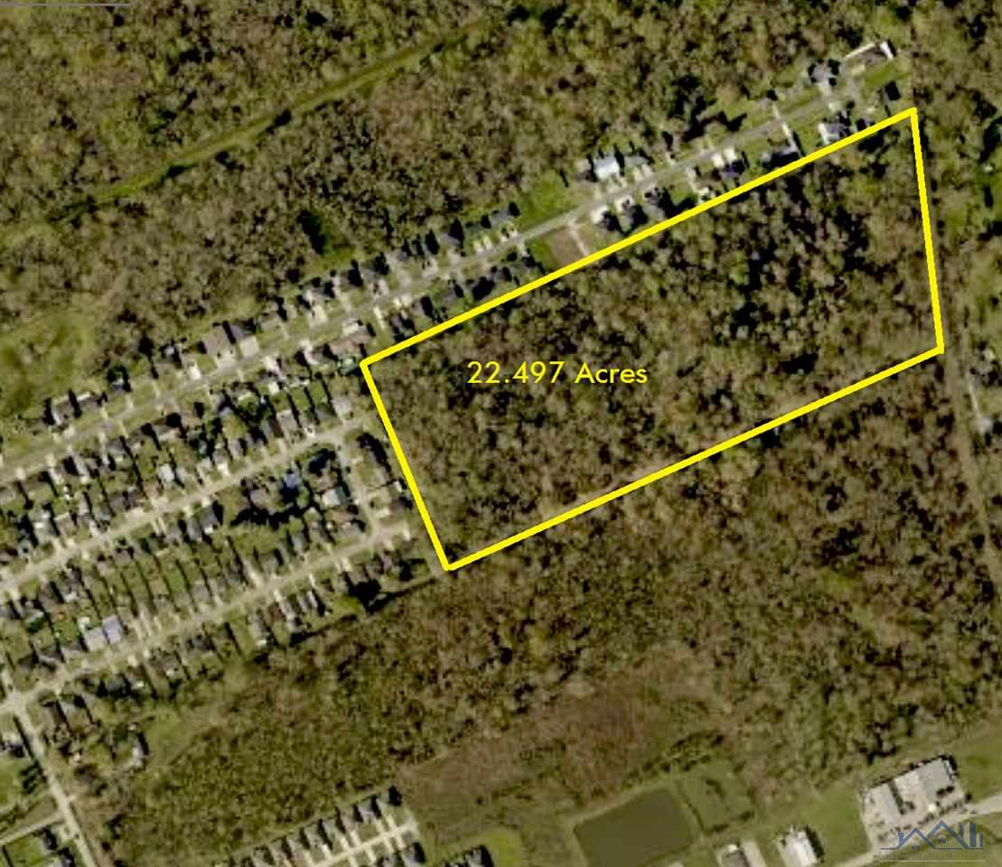 22.5 Acres of undeveloped property in Westside Houma. Located to the rear of Woodfied Subidivision. Easy access from Woodfield Blvd and Tanglewood Dr.   Purchaser to verify Flood zone(s).      Wooded land / Call agent for showing