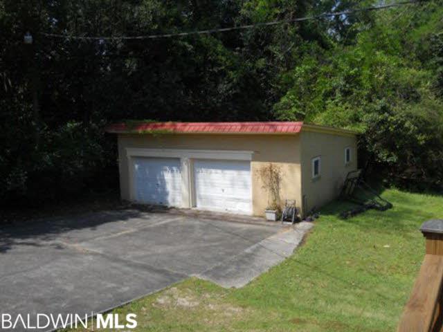 417 Belleville Avenue, Brewton, AL 36426
