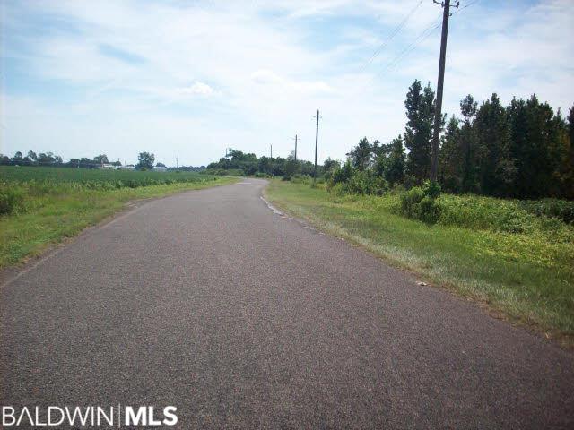 6000 Nokomis Road, McDavid, FL 32568
