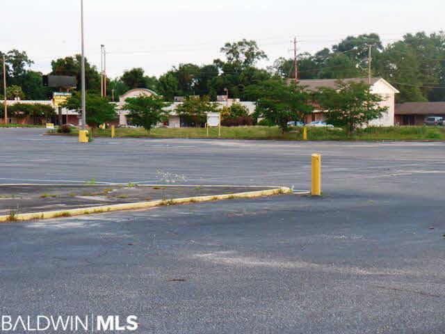 120 Lindberg Avenue, Atmore, AL, 36502