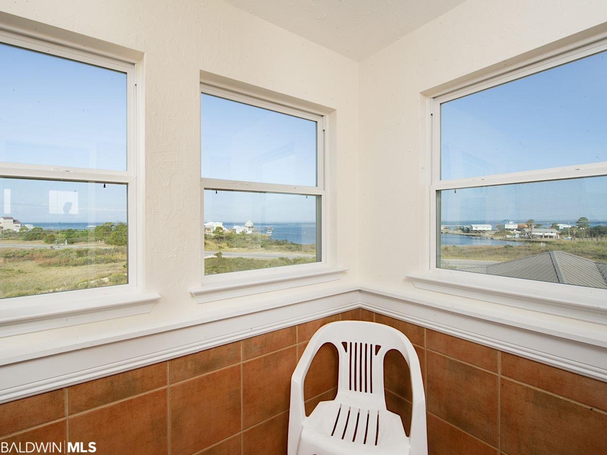 495 Harbor Light Cir, Gulf Shores, AL 36542