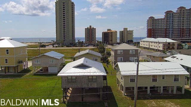 516 East 2nd Avenue, Gulf Shores, AL 36542