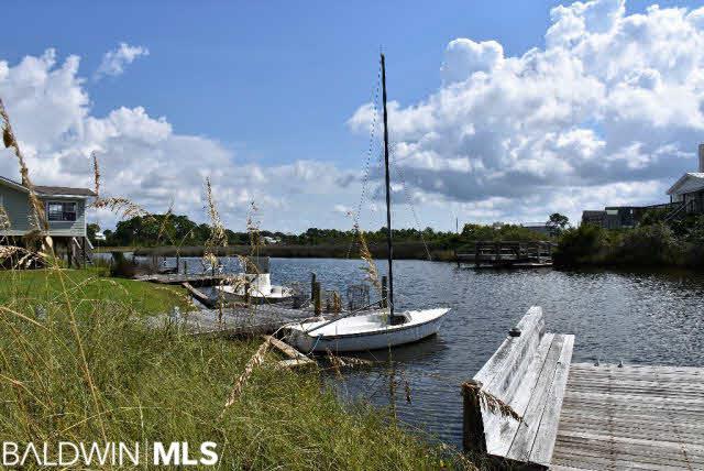 214 Shoreland Cir, Gulf Shores, AL, 36542