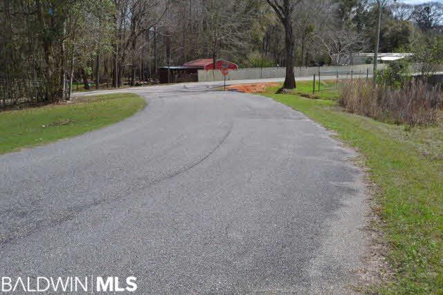 9 Eagles Lane, Robertsdale, AL 36567