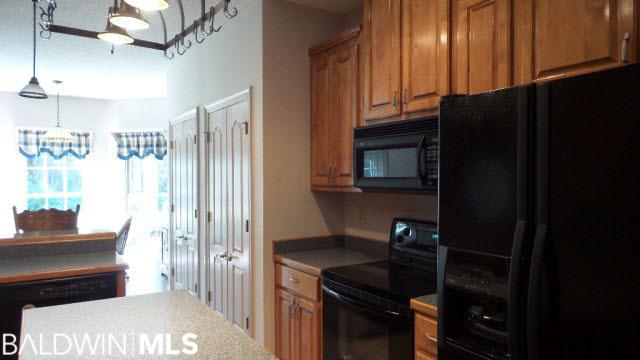 117 Fernway Dr, Atmore, AL 36502