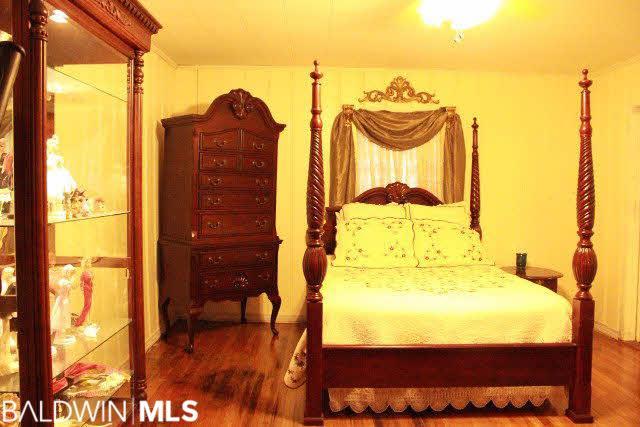 509 Hall Av, Bay Minette, AL 36507