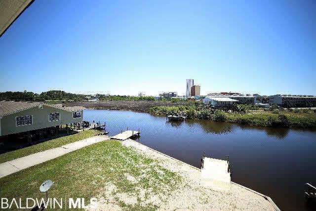 216 Shoreland Cir #A, Gulf Shores, AL 36542