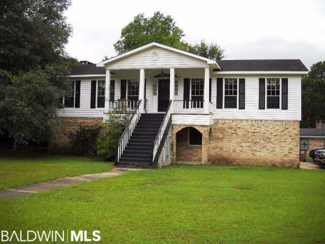 2900 S Steeple Chase Ct, Mobile, AL 36695