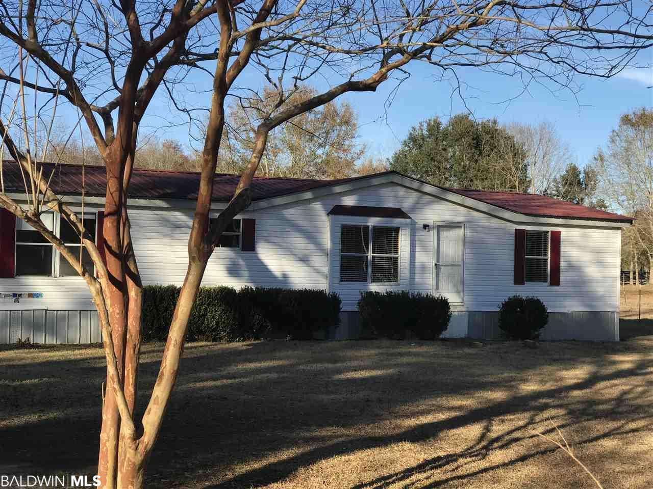 16187 Woodpecker Rd, Silverhill, AL 36576