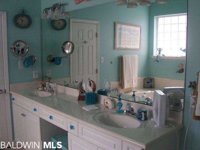 25346 Windward Lakes Ave, Orange Beach, AL 36561