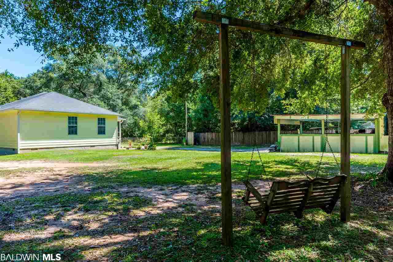 12151 Rock St, Magnolia Springs, AL 36555