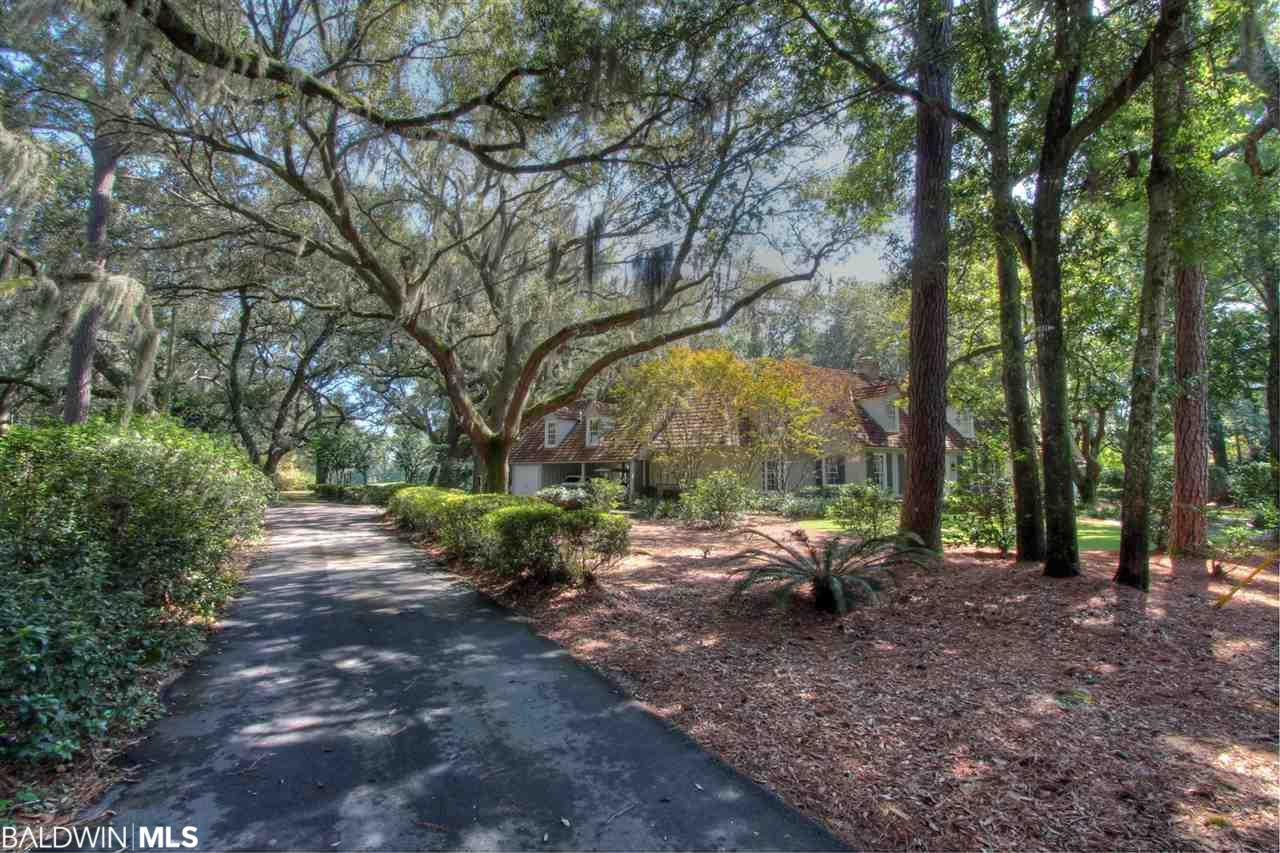 18160 Woodland Drive, Fairhope, AL 36532