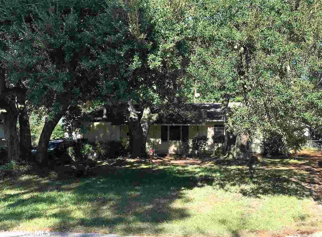 157 Fig Avenue, Fairhope, AL 36532