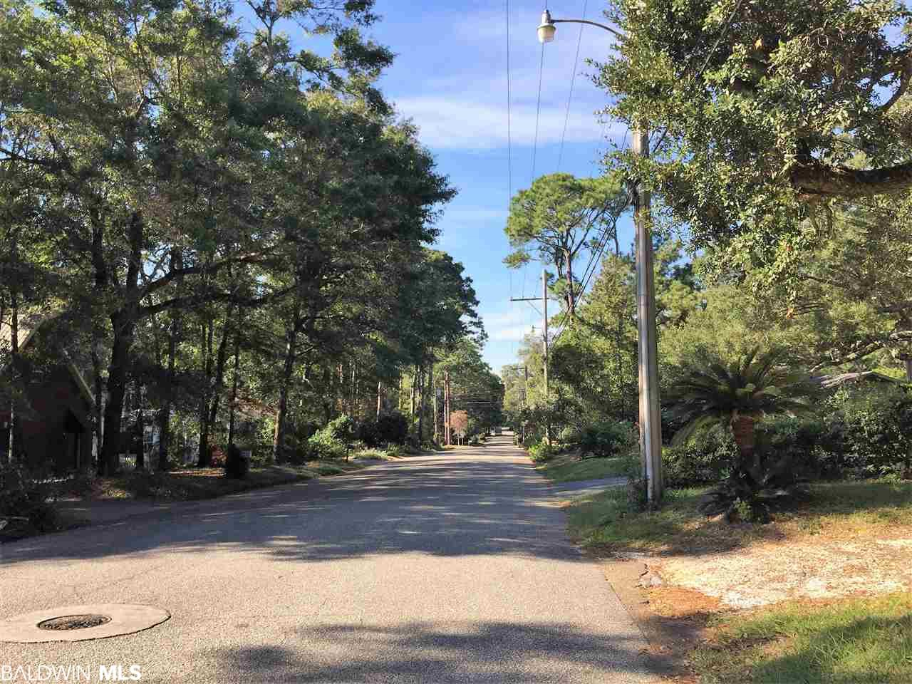157 Fig Avenue, Fairhope, AL 36532