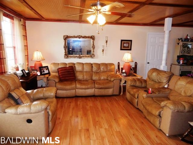 12217 Chumuckla Highway, Jay, FL 32565