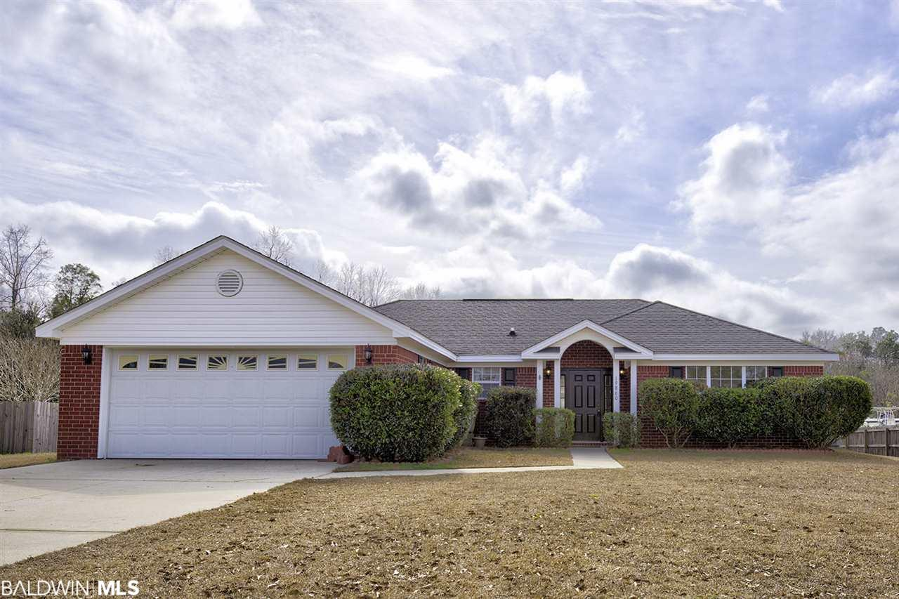 19860 Southfield Drive, Robertsdale, AL 36567