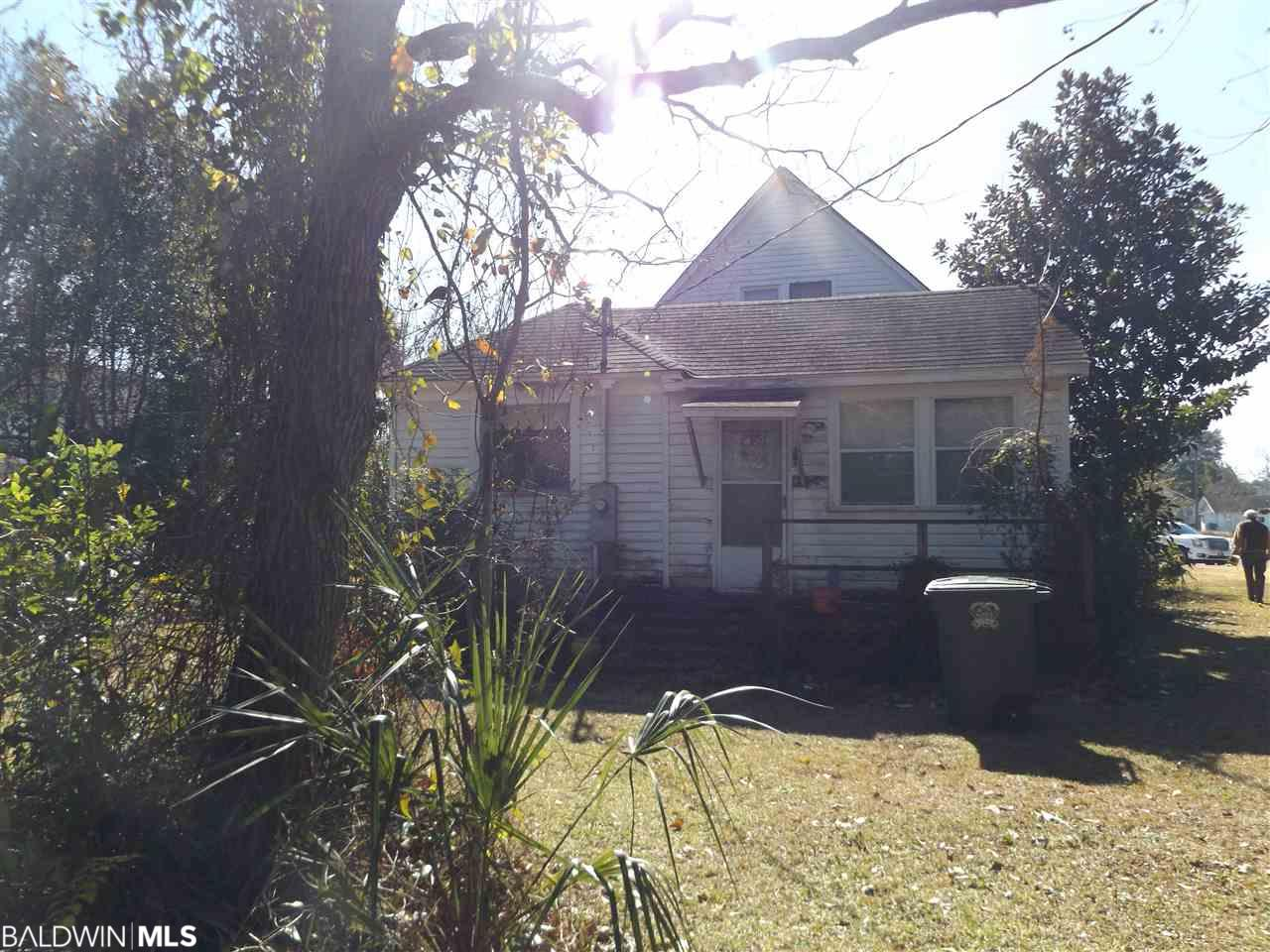 232 W Laurel Avenue, Foley, AL 36535