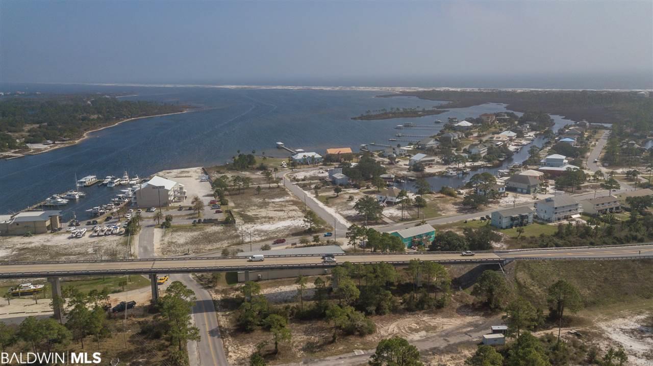 6300 Siguenza Dr, Pensacola, FL 32507