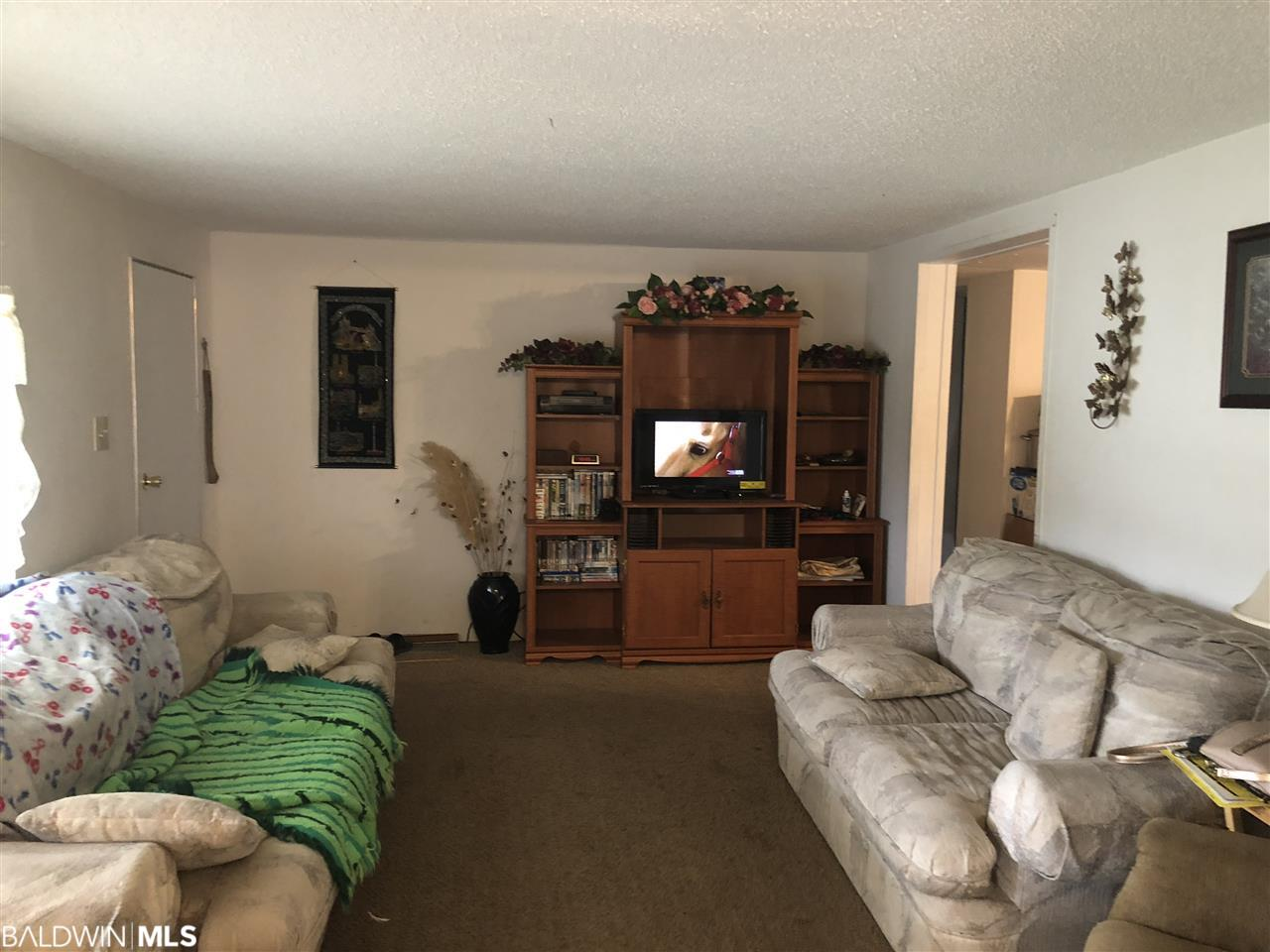 102 McKenzie Drive, Atmore, AL 36502