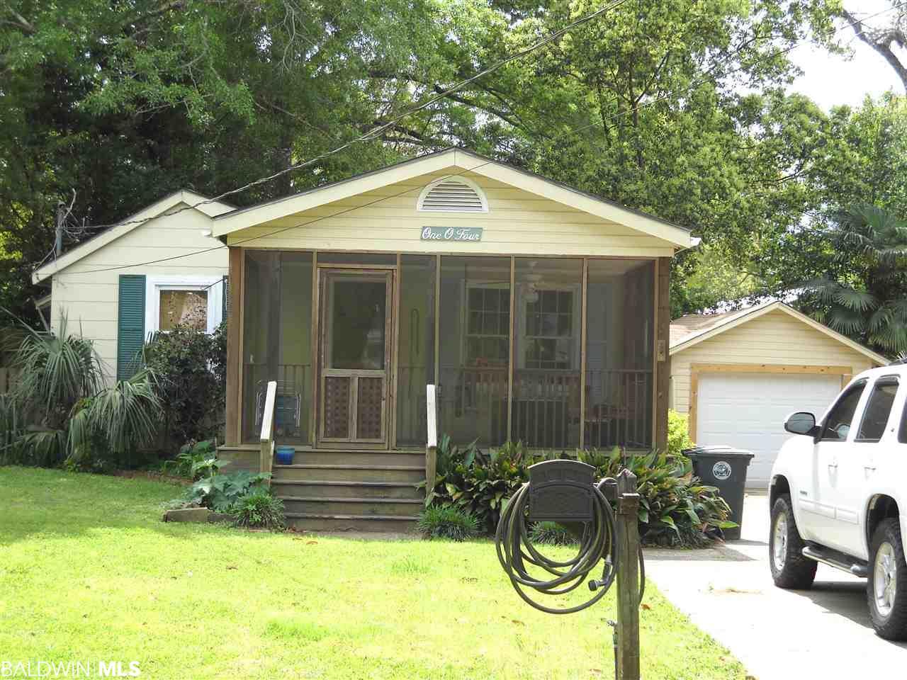 104 Pecan Avenue, Fairhope, AL 36532