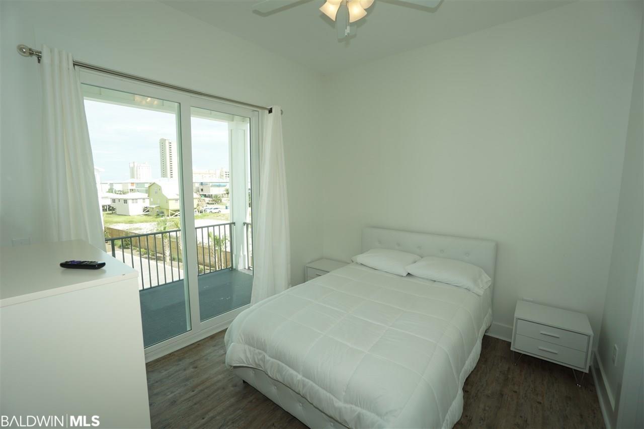 435 - B E 2nd Avenue, Gulf Shores, AL 36542