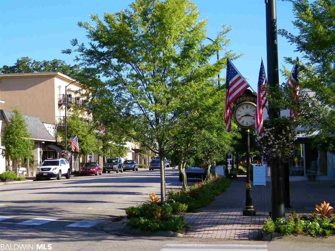 204 Perdido Avenue, Fairhope, AL 36532
