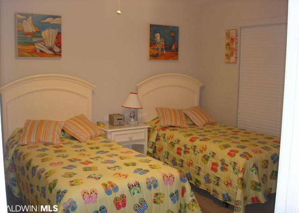 527 E Beach Blvd #502, Gulf Shores, AL 36542