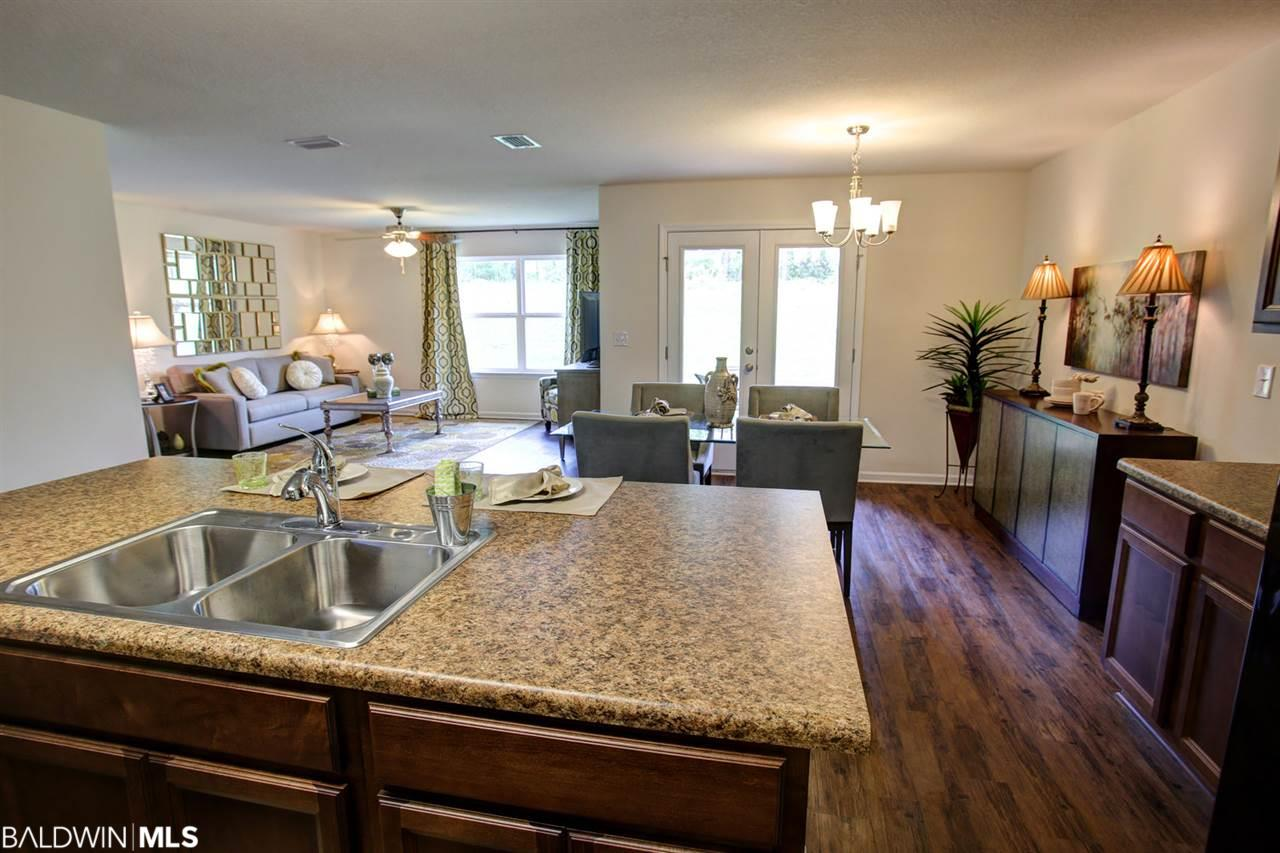 1667 Abbey Loop, Foley, AL 36535