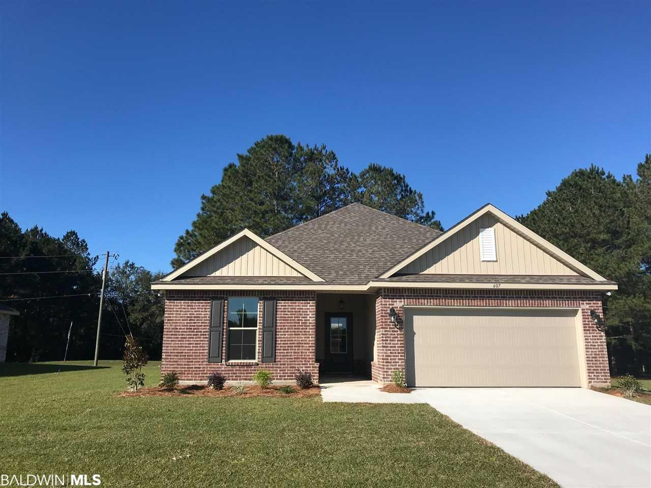 607 Savannah Ct, Summerdale, AL 36580