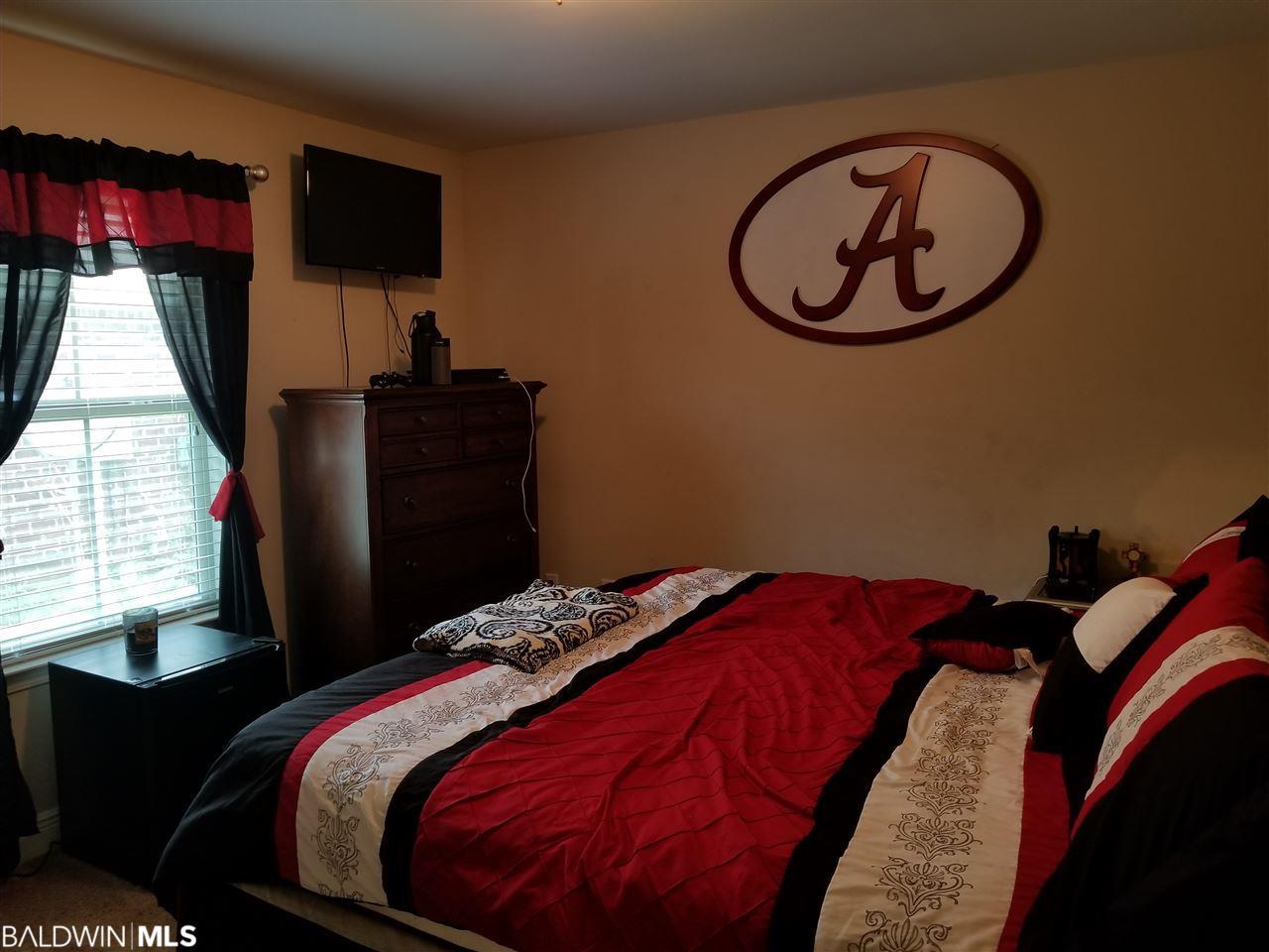1806 Arcadia Drive, Foley, AL 36535