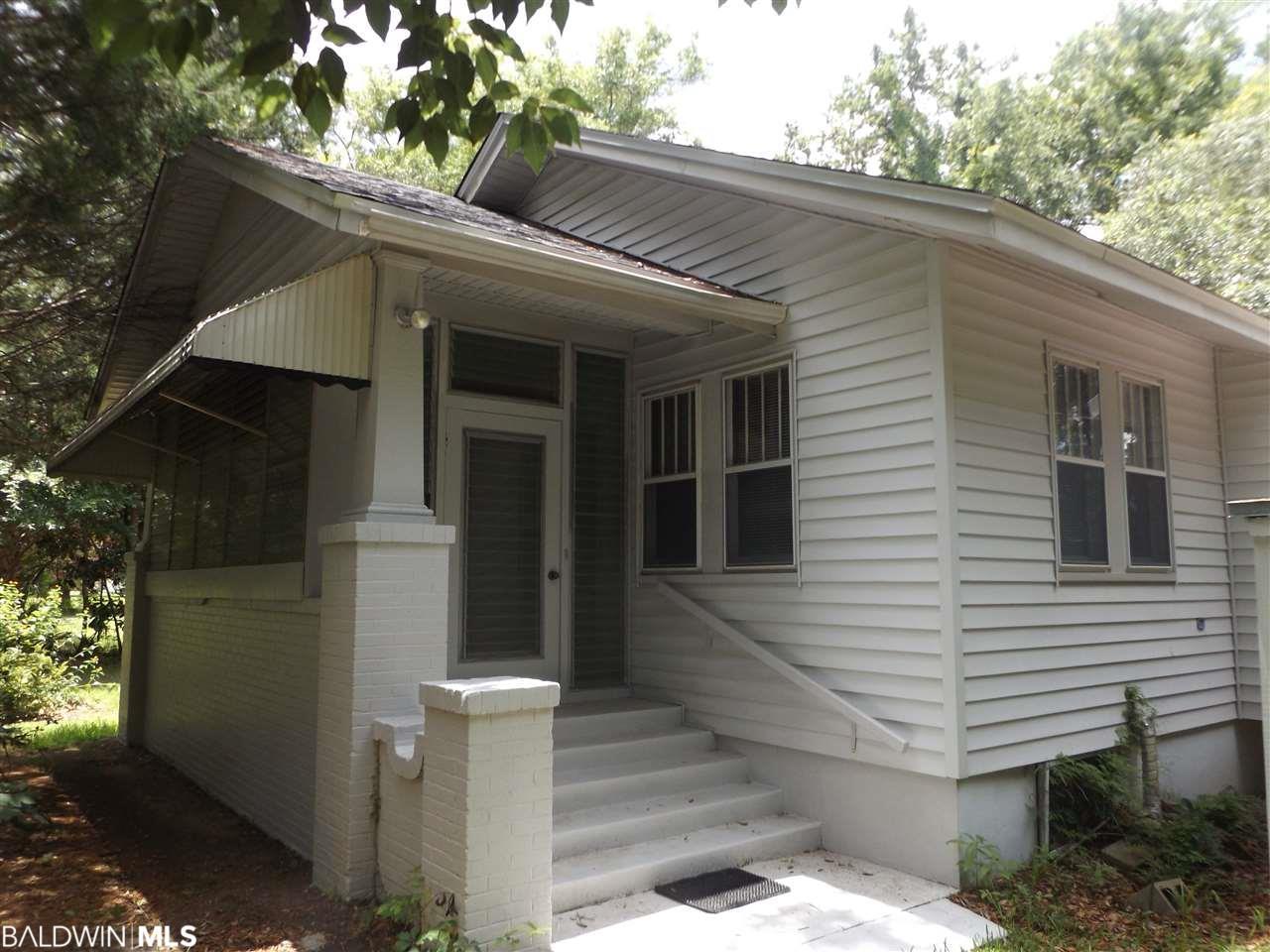 104 S Beech Street, Foley, AL 36535