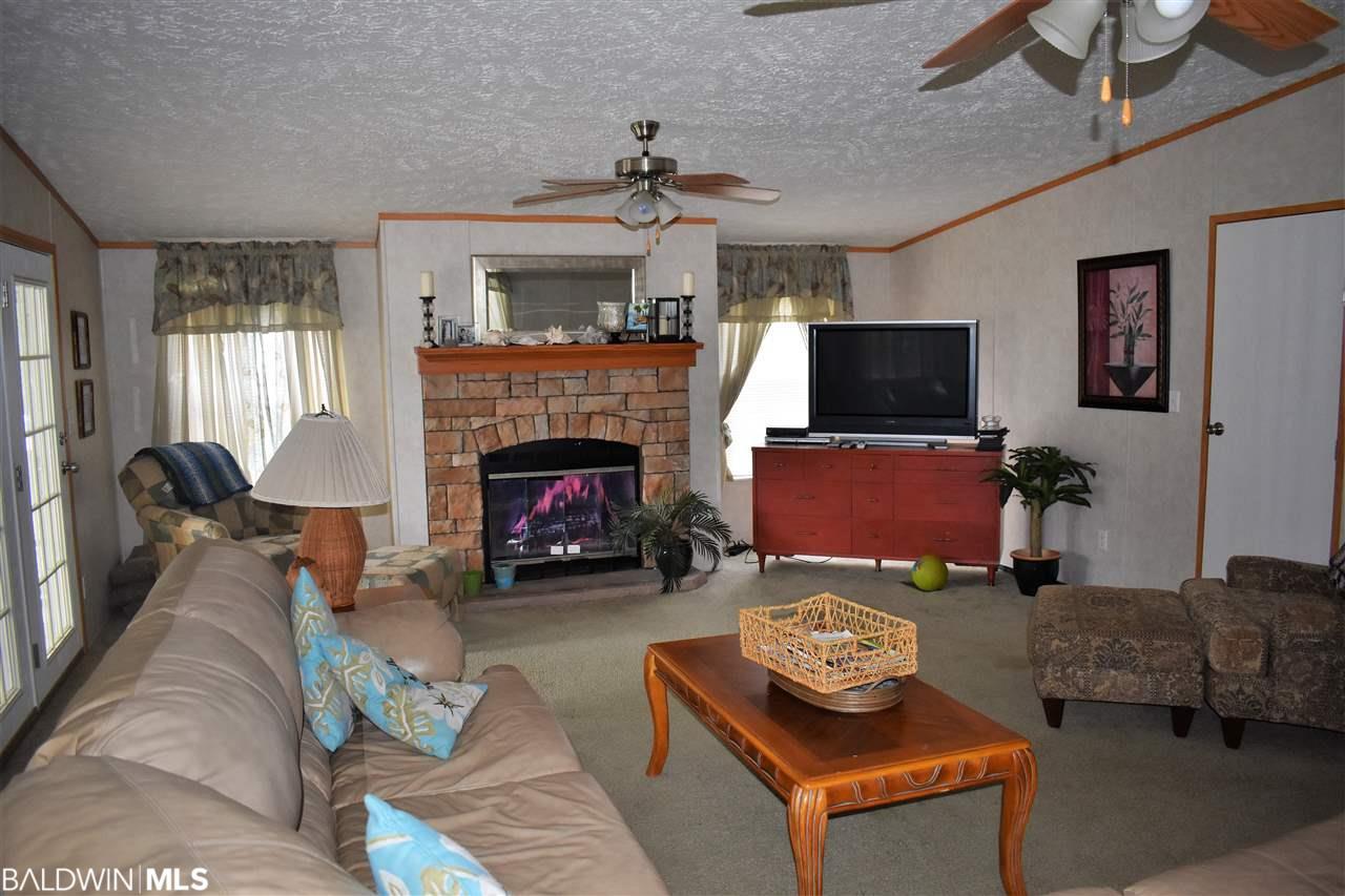 5451 Lemontree Lane, Gulf Shores, AL 36542