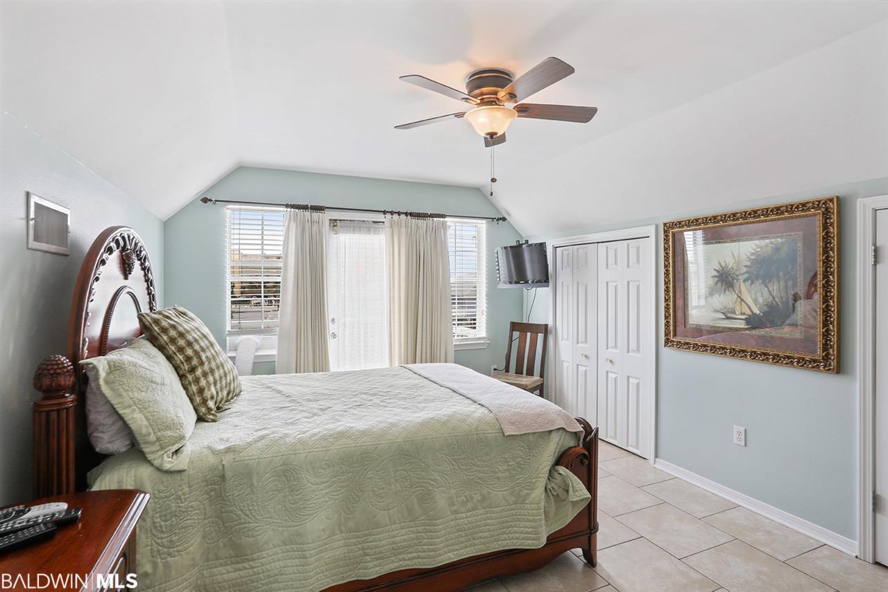 620 W 1st Avenue, Gulf Shores, AL 36542