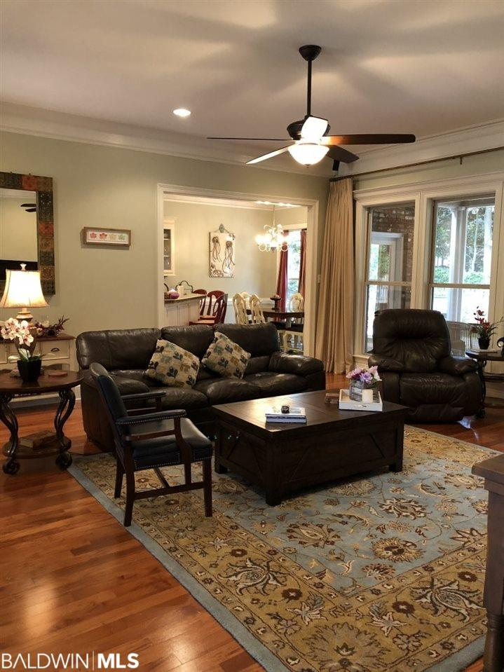 146 Easton Cir., Fairhope, AL 36532