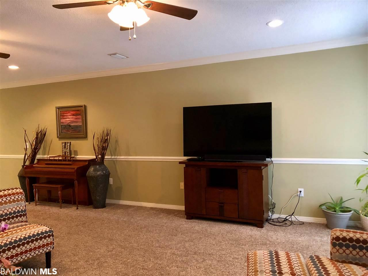 501 Cotton Creek Dr #804, Gulf Shores, AL 36542