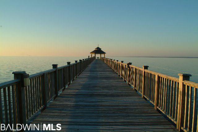 19 Wildlife Ct, Gulf Shores, AL 36542